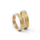 "<div class=""fancy-desc""><div class=""fancy-desc-left""><span class=""secondary label radius"">wedding rings</span> <span class=""secondary label radius"">pink gold</span></div><div class=""fancy-desc-right""><div class='fb-share-button' data-href='https://www.cf-creation.ch/en/developed-using-darktable-2-4-4-7/' data-layout='button' data-size='small' data-mobile-iframe='true'></div></div></div>"