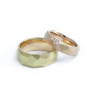 "<div class=""fancy-desc""><div class=""fancy-desc-left""><span class=""secondary label radius"">wedding rings</span> <span class=""secondary label radius"">natural color diamond</span> <span class=""secondary label radius"">pink gold</span> <span class=""secondary label radius"">red gold</span> <span class=""success label radius"">New</span></div><div class=""fancy-desc-right""><div class='fb-share-button' data-href='https://www.cf-creation.ch/en/2019_04_mg_038/' data-layout='button' data-size='small' data-mobile-iframe='true'></div></div></div>"